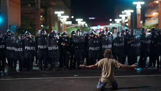 Protestos antes de comício de Trump em Phoenix