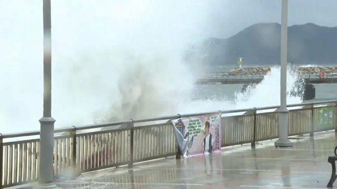 Тайфун Hato