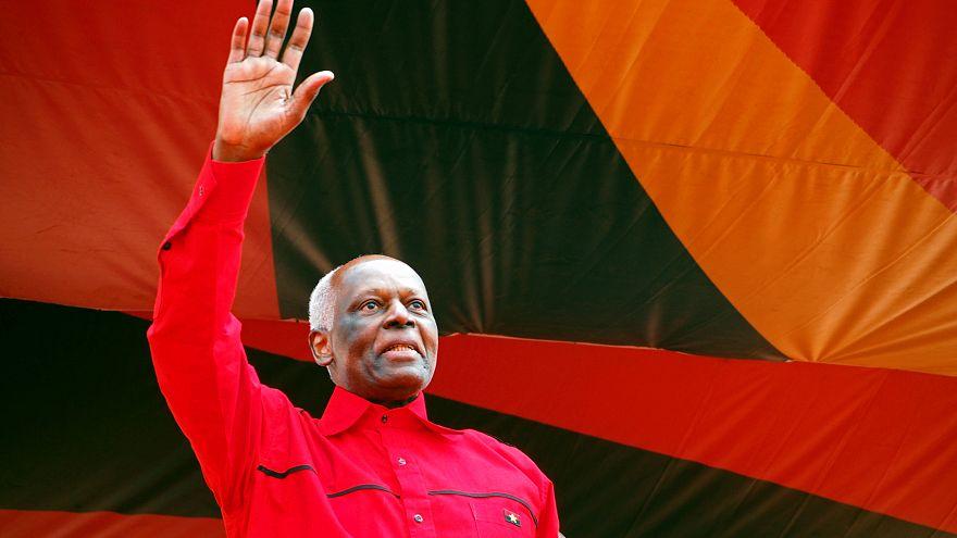 Angolalılar tarihi seçimde sandık başında