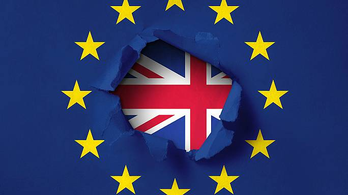 عدهای از شهروندان اروپایی ساکن بریتانیا نامه ترک خاک دریافت کردند