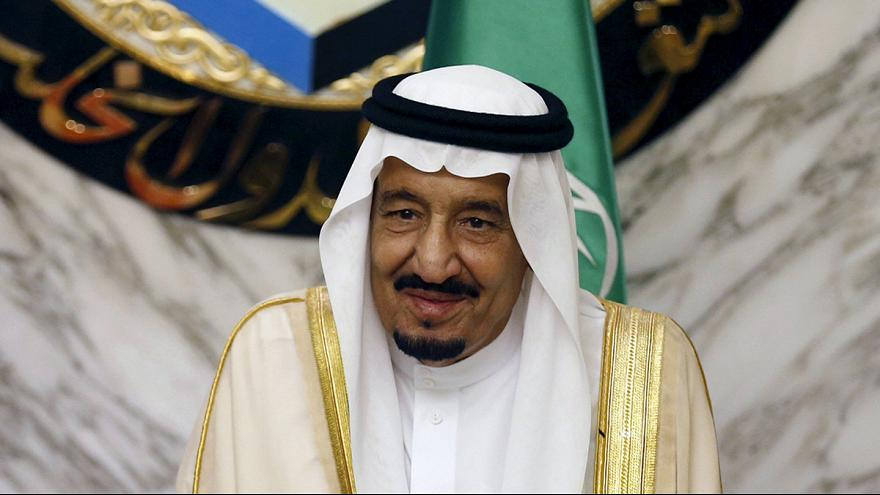 الملك سلمان يصل إلى السعودية بعد اجازة مثيرة للجدل في طنجة