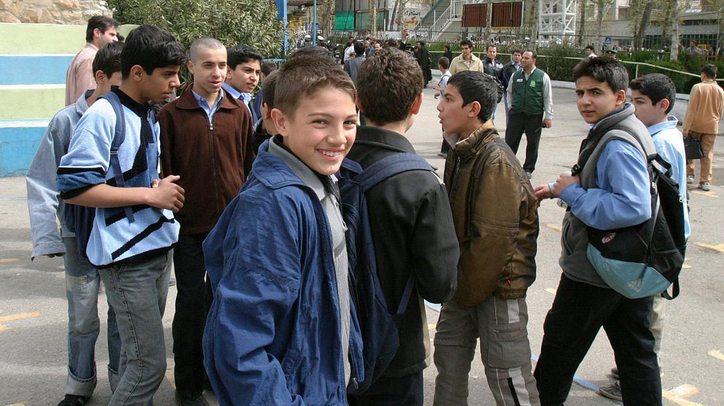 Iran: niente malattie né difetti fisici per insegnare