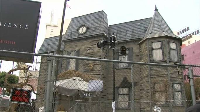 'IT' Haunted house brings terror to Hollywood
