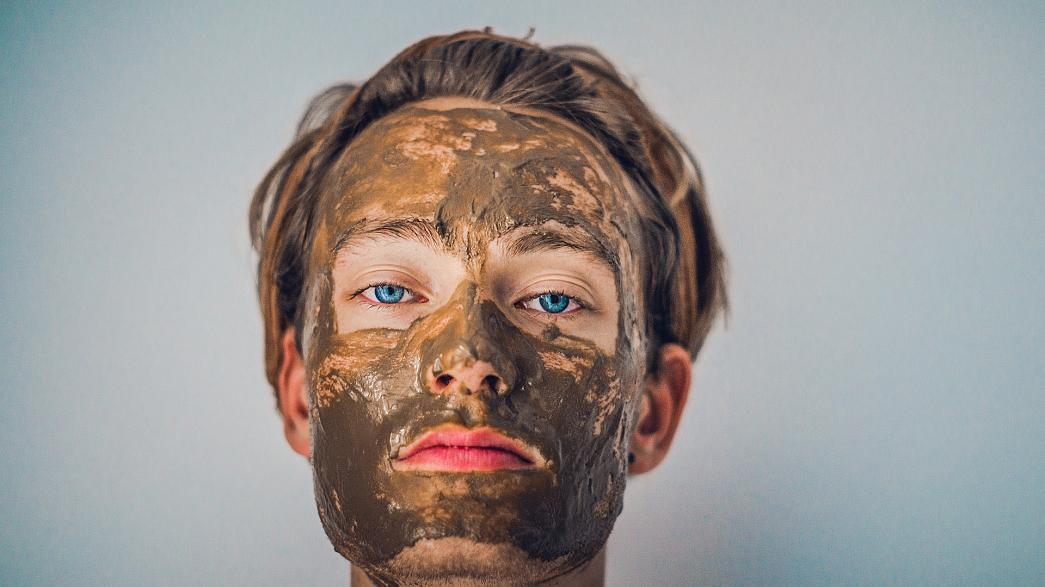 From bird droppings to fish eggs to pure gold - unusual facials