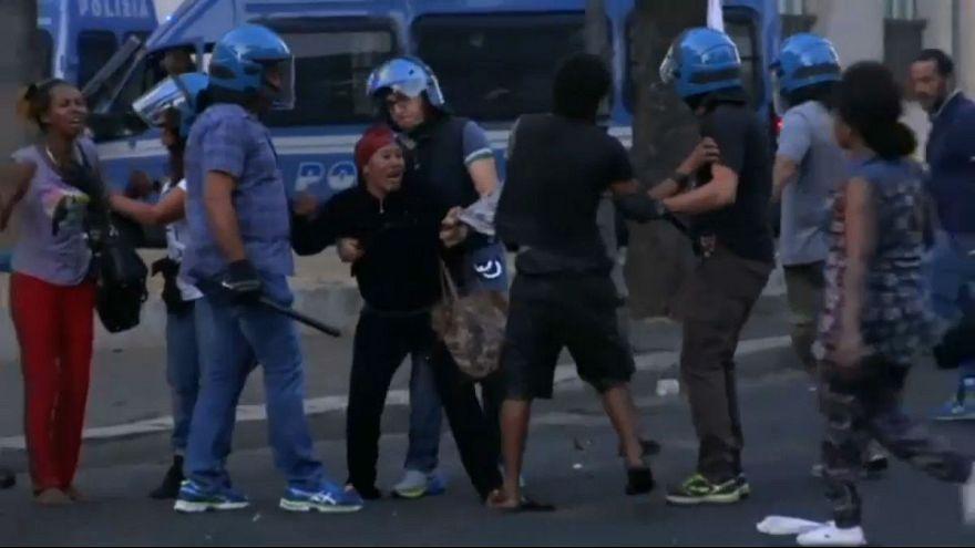 اشتباكات عنفيفة بين الشرطة الإيطالية ولاجئين في روما