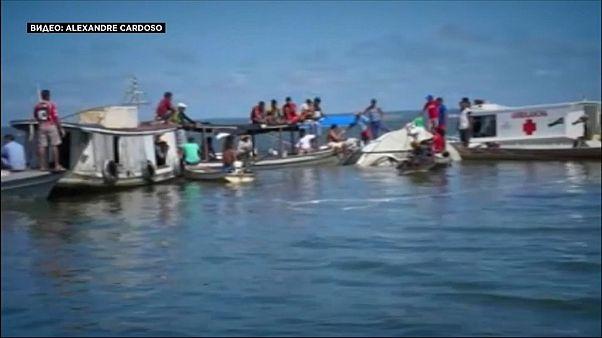 Два кораблекрушения, десятки жертв в Бразилии