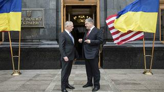 Ukraine shows off its military might, but pledges diplomacy first