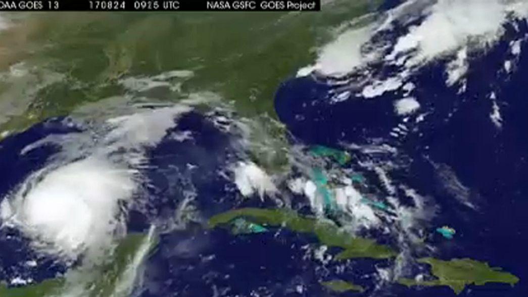 Ураган «Харви» надвигается на Техас
