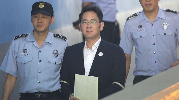 Börtönbüntetés a Samsung alelnökének