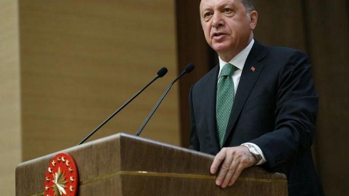 اعتقال مئات العسكريين في تركيا بموجب مرسومين جديدين