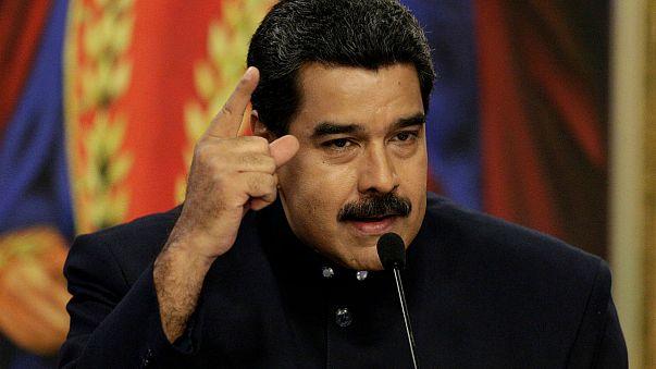 Venezuela: Maduro oscura due tv colombiane