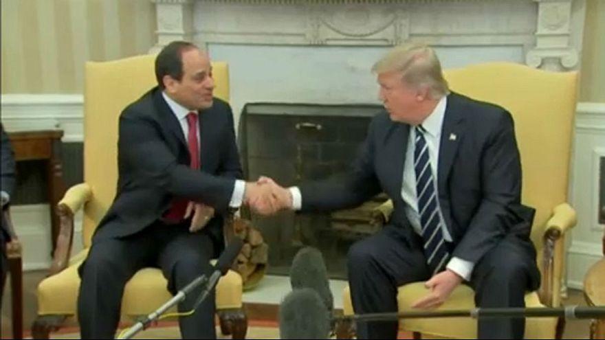 Donald Trump megőrizné Kairó barátságát