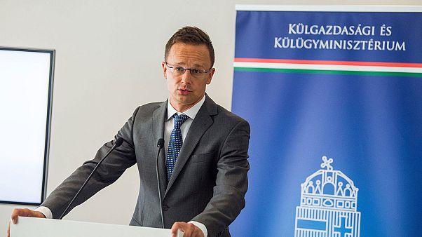 Magyarország megszakítja a nagyköveti szintű diplomáciai kapcsolatot Hollandiával