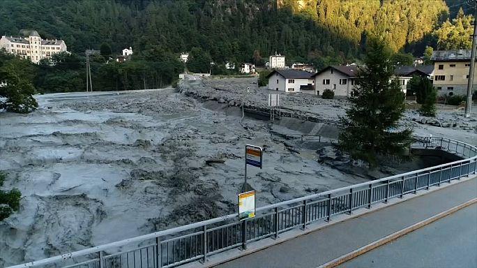 شاهد:  : انهيار ارضي ثان في سويسرا والبحث عن مفقودين