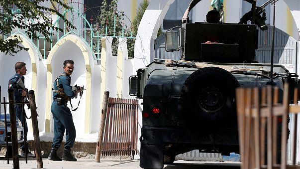 Zahlreiche Tote bei Anschlag auf Moschee in Kabul