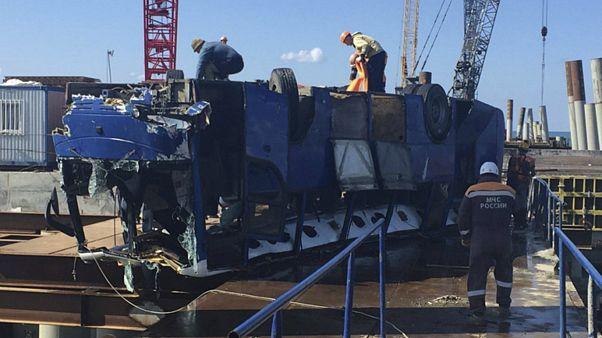 روسیه؛ ۱۸ نفر در سقوط اتوبوس به دریای سیاه جان باختند