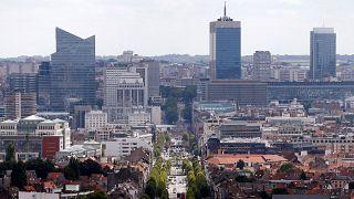 قوات الأمن البلجيكية تفتح النار على رجل بعد محاولته طعن جنديين في بروكسل