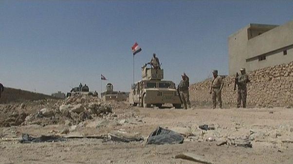 Irak hükümet güçlerinin Telafer'de ilerleyişi sürüyor