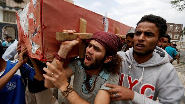 Jemen: Erneut viele Tote bei Luftangriffen
