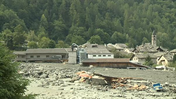 Second mudslide hits devastated Bondo in Swiss Alps