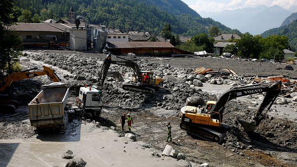 Лавина на юге Швейцарии: пропавших людей больше не ищут