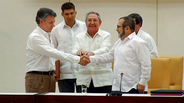 Kolombiya'da silahları bırakan FARC parti kurma yolunda