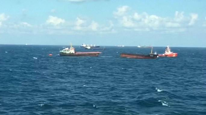 Cargo ship breaks in half in Black Sea