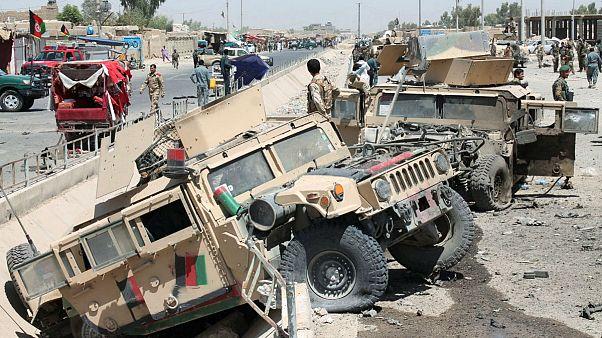 Гильменд: смертник атаковал конвой