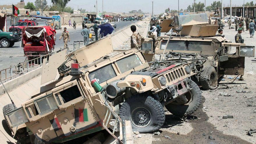 Afgan ordusuna bombalı saldırı: En az 13 ölü