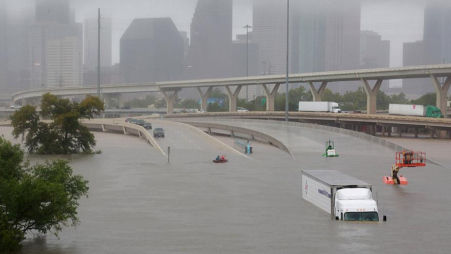 Harvey provoca inundações mortais no Texas
