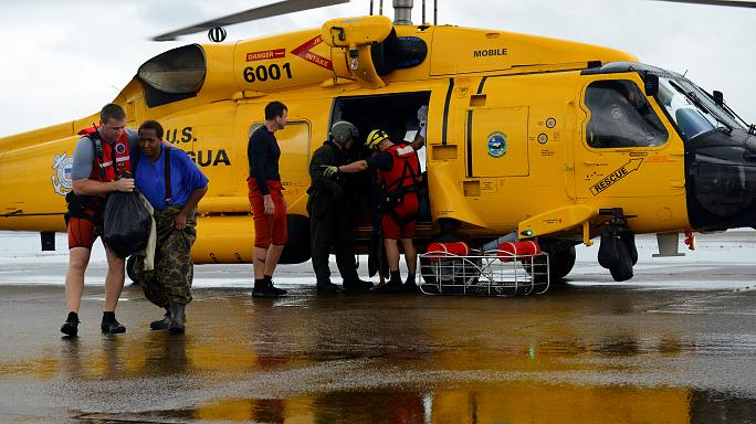 Locals pull together in Texas rescue effort