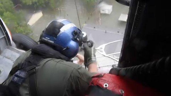 Helikopteres mentés Houstonban