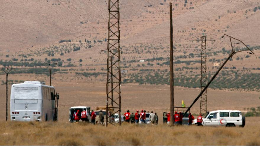 """بدء تطبيق اتفاق نقل عناصر """"داعش"""" من الحدود السورية-اللبنانية إلى البوكمال"""