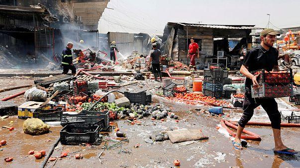 قتلى وجرحى في انفجار سيارة ملغومة بسوق مزدحمة في بغداد