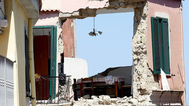 Illegal building and the  Ischia earthquake