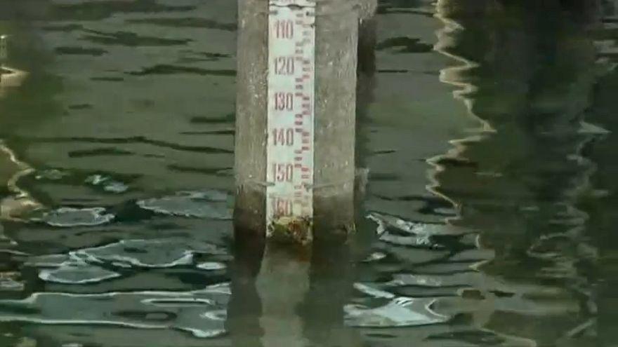 Pressão da água em Roma reduzida face à seca