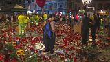 Le mémorial de Barcelone nettoyé après les hommages