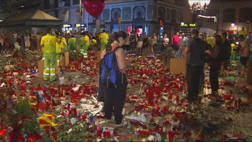 Gedenkstätte für Terror-Opfer von Barcelona und Cambrils geräumt