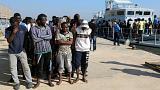 إنقاذ قرابة 500 مهاجر إفريقي في ليبيا