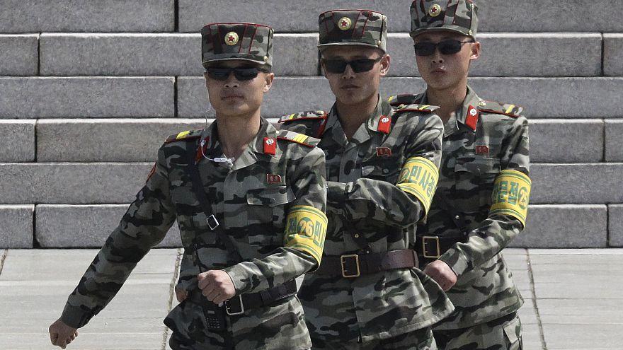 Image: North Korea soldiers