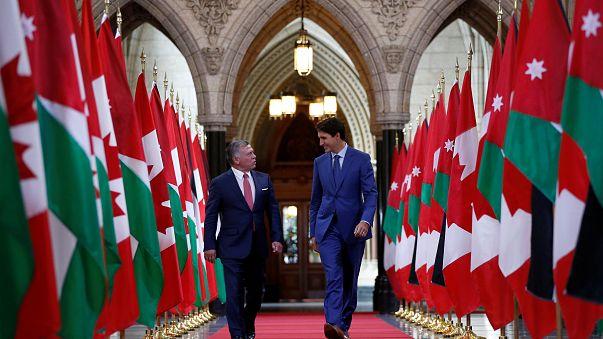 ترودو يرحب بالملك عبد الله الثاني على طريقته الخاصة