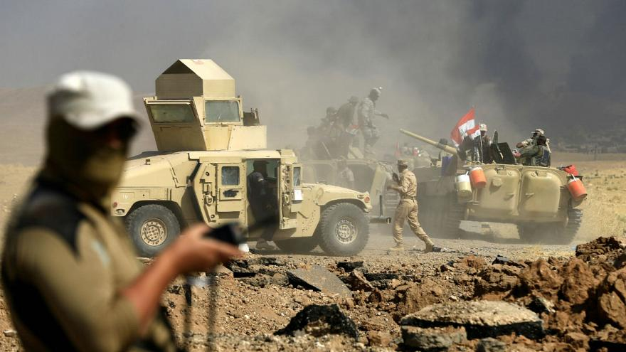 ISIL fighters flee Iraqi city Tal Afar to defend nearby al Ayadiya