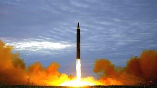 O míssil da Coreia do Norte tinha como alvo a base americana de Guam