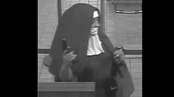 FBI sucht zwei bewaffnete 'Nonnen' nach Banküberfall