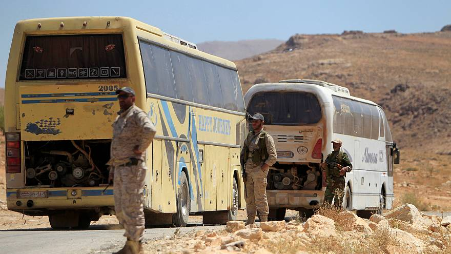 آمریکا مسیر حرکت کاروان داعش به سوی دیرالزور را بمباران کرد