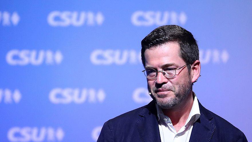 """CSU-""""Superman"""": Karl-Theodor zu Guttenberg (45) macht Witze über Gerhard Schröder"""