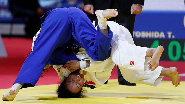 Mongolian breaks Japan's gold medal stranglehold