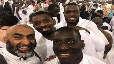 Senegalese footballers Demba Ba, Jacques Faty spotted in Mecca on Hajj
