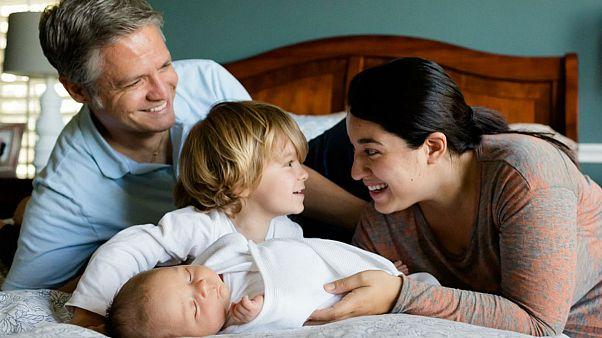 خانوادههای فرانسوی بیشتر اما کوچکتر می شوند