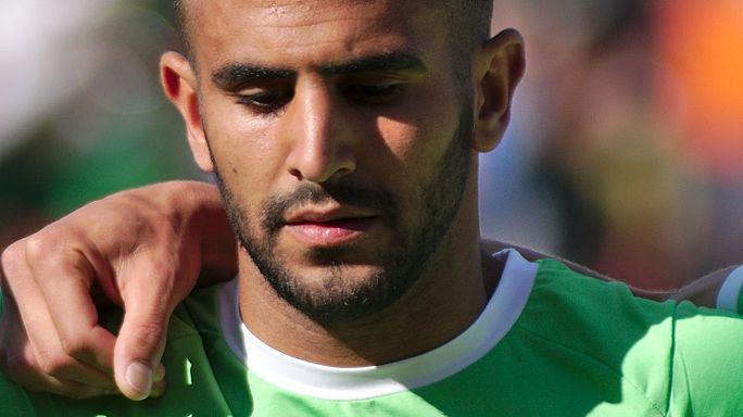 محرز يغادر المعسكر التدريبي لمنتخب الجزائر بإتجاه برشلونة لحسم صفقة انتقاله